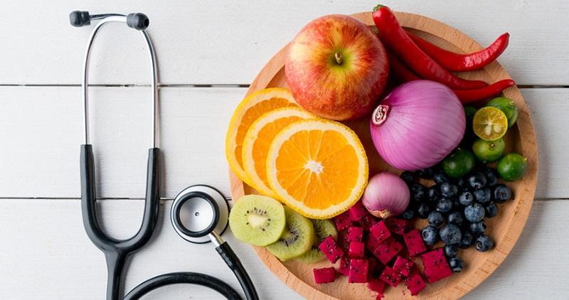 نیاز است که متخصصین تغذیه دانش های مورد نیاز در رابطه با موارد زیر را داشته باشند: