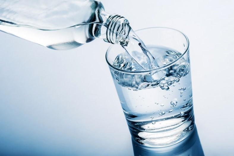 آب فراوان بنوشید