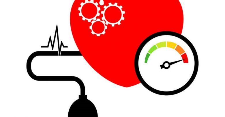متخصص تغذیه و ارائه رژیم غذایی برای بیماران فشار خونی