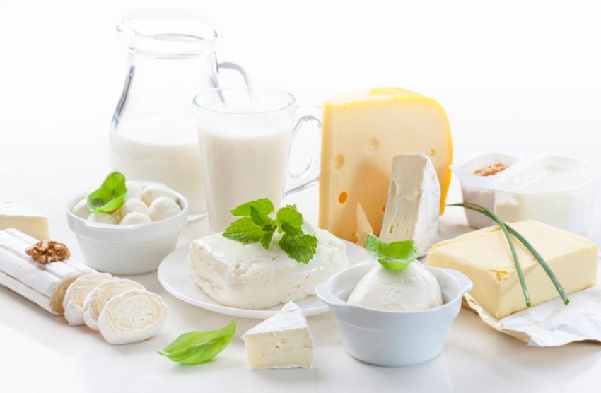 لبنیات را فراموش نکنید. زیرا یکی از مواد غذایی مفید برای الودگی هوا هستند.