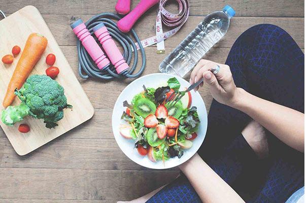 اسید فولیک در برنامه غذایی خام خواری در دوران بارداری