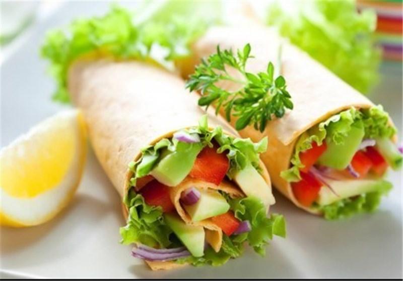 مواد غذایی شامل آهن عبارتند از: