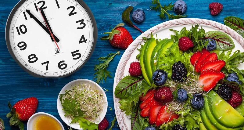 چرا کودکان دوازده سال بایستی همانند تمامی رده های سنی از وعده اصلی صبحانه استفاده نمایند؟